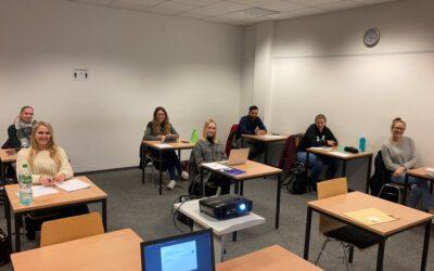 Studienbeginn für Kurs W 74